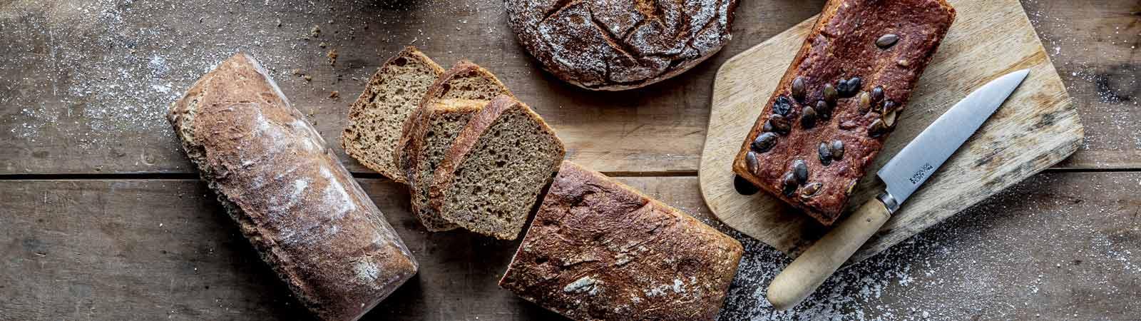 Pains de mie, speciaux, noirs et pains essenes